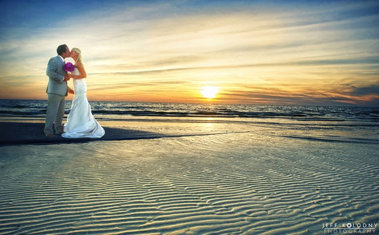 9 Important tips for getting great South Florida Beach Wedding Photos.